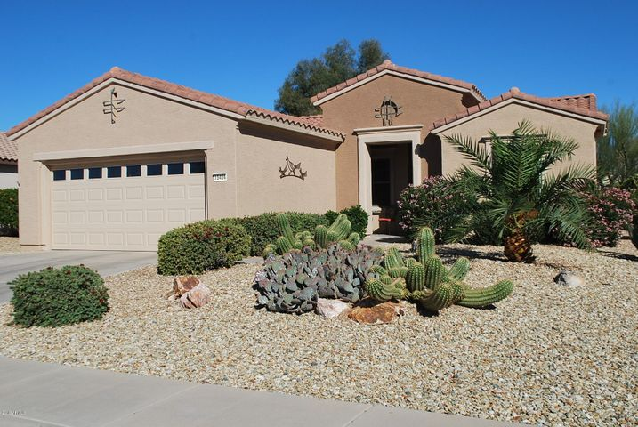 15454 W Moonlight Way, Surprise, AZ 85374