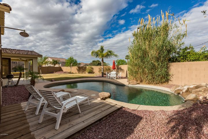 3824 S BRIGHTON Lane, Gilbert, AZ 85297