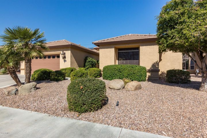 15854 W EDGEMONT Avenue, Goodyear, AZ 85395