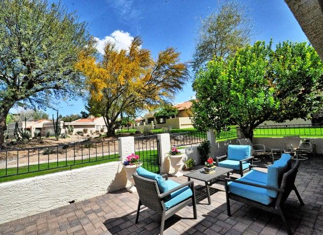 10448 E CINNABAR Avenue, Scottsdale, AZ 85258