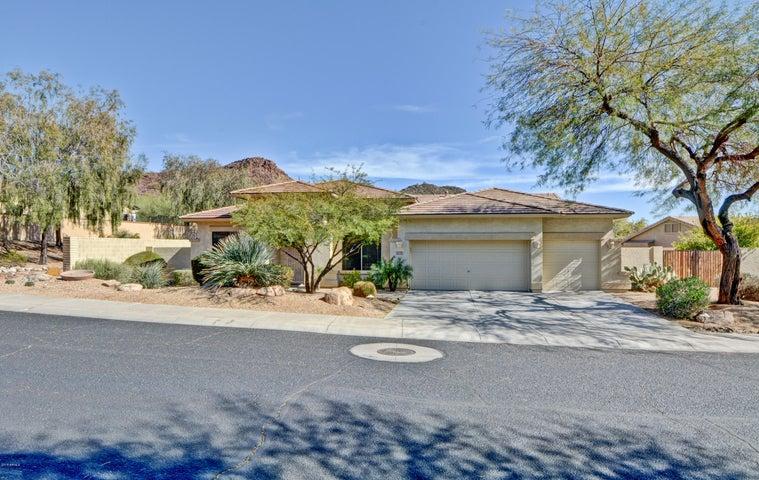 26225 N FERNBUSH Drive, Phoenix, AZ 85083
