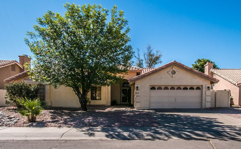 813 E COURTNEY Lane, Tempe, AZ 85284