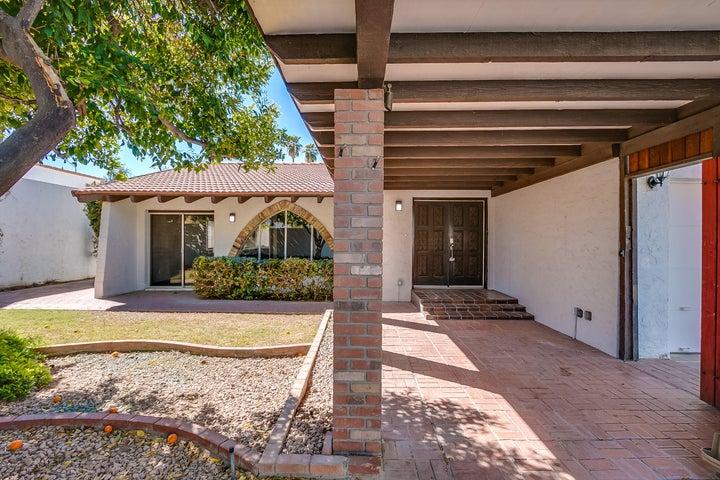 3025 E WELDON Avenue, Phoenix, AZ 85016