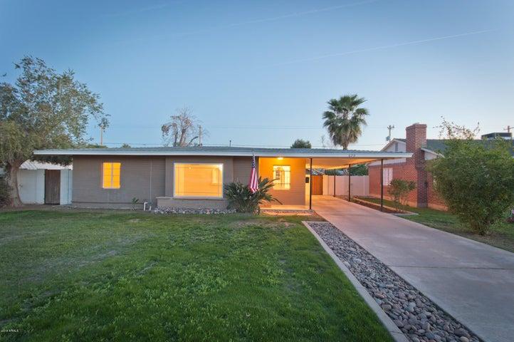829 W EARLL Drive, Phoenix, AZ 85013