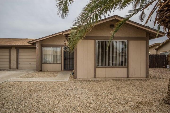 8821 W MEADOW Drive, Peoria, AZ 85382