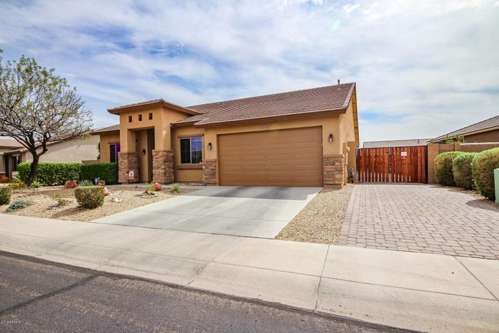 18551 W CHERYL Drive, Waddell, AZ 85355