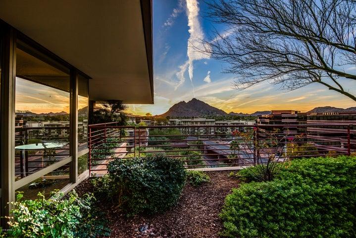 7161 E RANCHO VISTA Drive, 7001, Scottsdale, AZ 85251