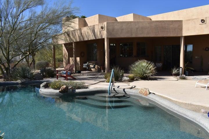 8621 E SANTA CATALINA Drive, Scottsdale, AZ 85255