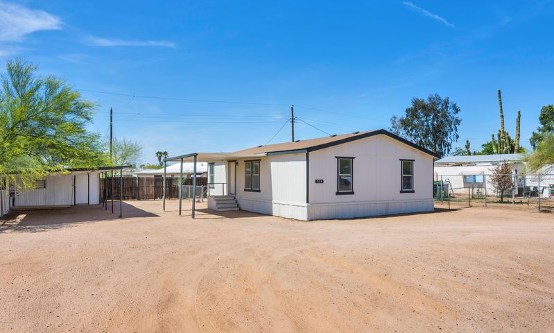 326 N 82ND Way, Mesa, AZ 85207