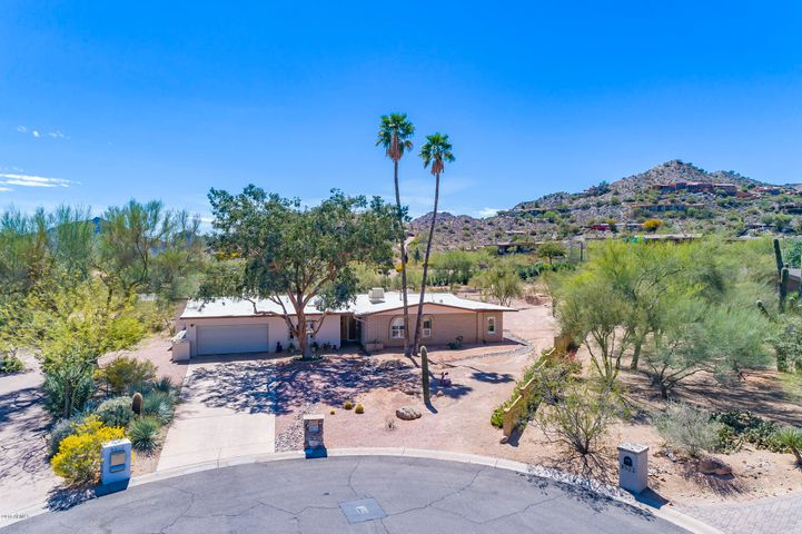 8513 N 48TH Place, Paradise Valley, AZ 85253