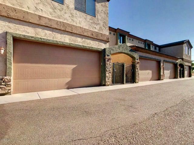 3850 E McDowell Road, 114, Phoenix, AZ 85008