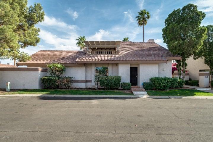 8739 E Via De La Luna, Scottsdale, AZ 85258