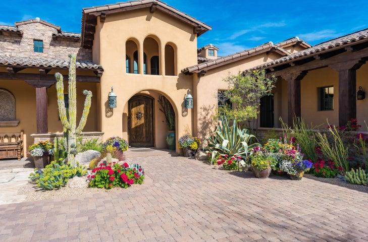 9538 E MADERA Drive, Scottsdale, AZ 85262
