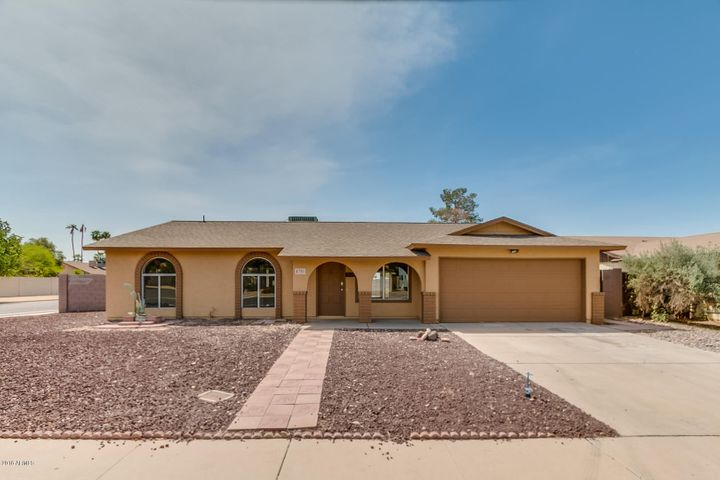 4701 W CHARLESTON Avenue, Glendale, AZ 85308