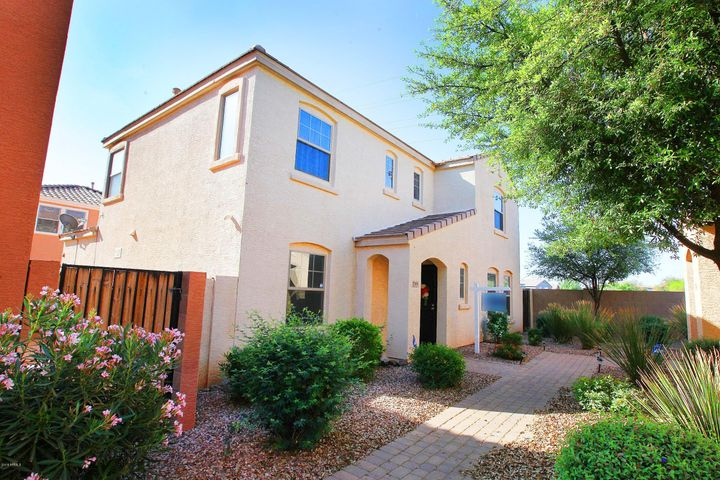2599 E BART Street, Gilbert, AZ 85295