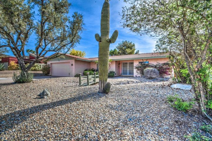8427 N 17TH Place, Phoenix, AZ 85020