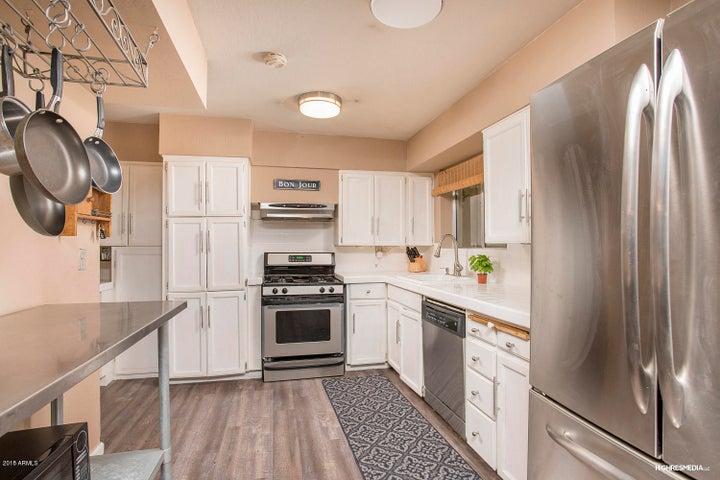 1720 E MCLELLAN Boulevard, Phoenix, AZ 85016