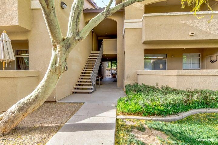 725 N DOBSON Road, 180, Chandler, AZ 85224