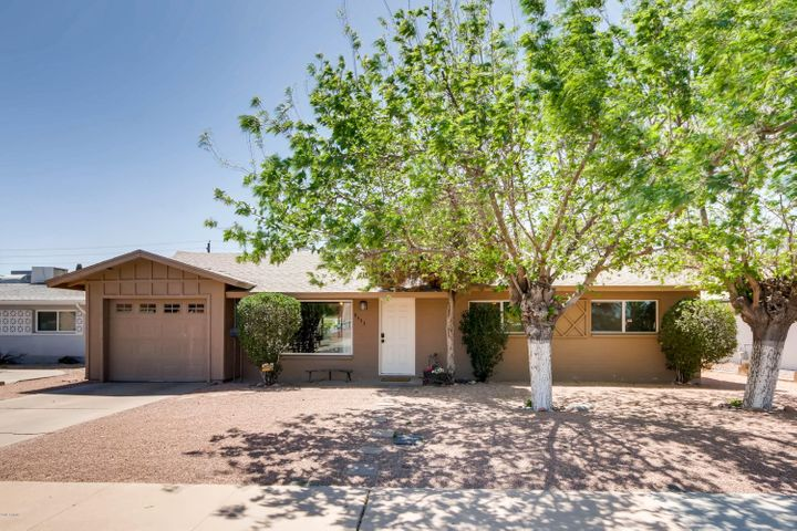 8443 E JACKRABBIT Road, Scottsdale, AZ 85250