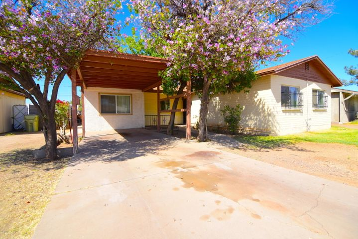 5038 W TUCKEY Lane, Glendale, AZ 85301