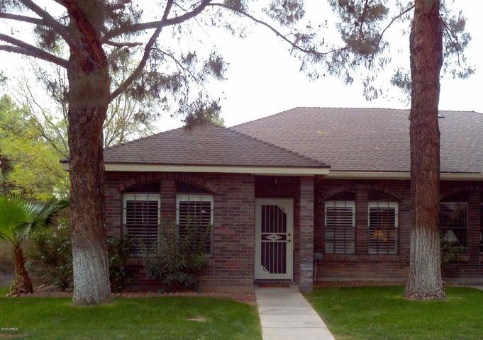 806 E BRUCE Avenue, Gilbert, AZ 85234