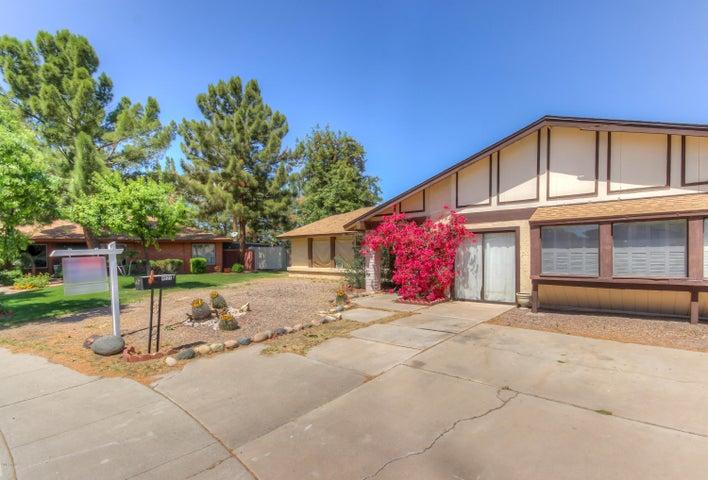 4522 W NORTH Lane, Glendale, AZ 85302