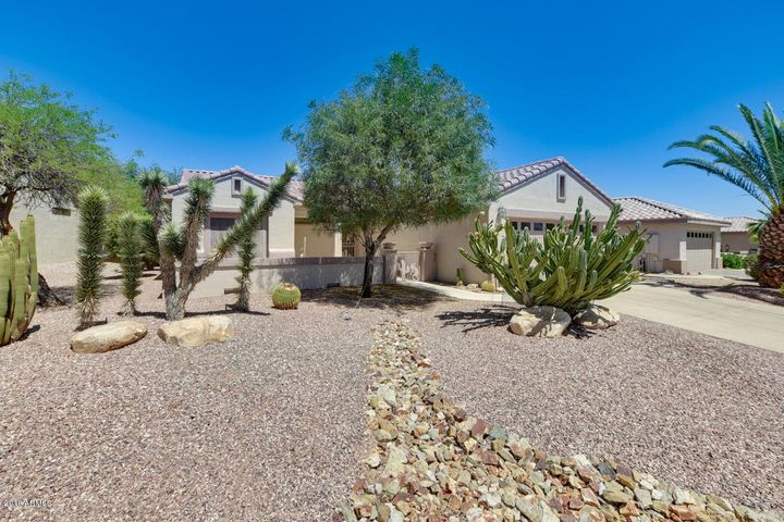 15744 W GOLDENROD Drive, Surprise, AZ 85374