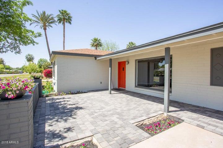 806 W STATE Avenue, Phoenix, AZ 85021
