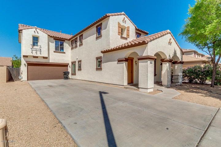 1768 S FALCON Drive, Gilbert, AZ 85295