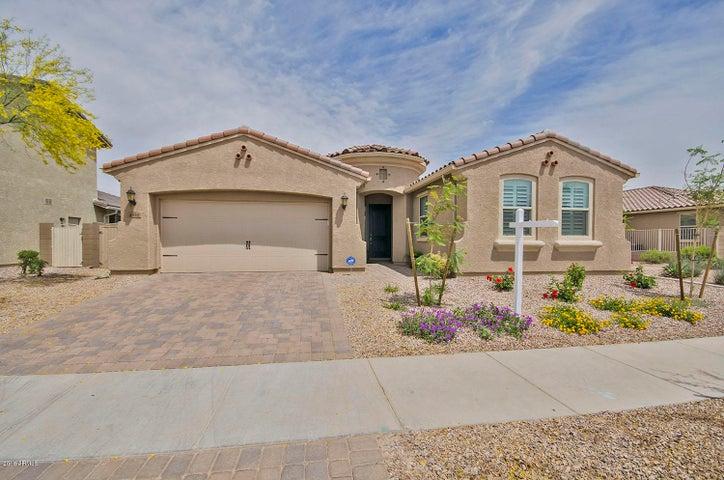 8992 W DIANA Avenue, Peoria, AZ 85345