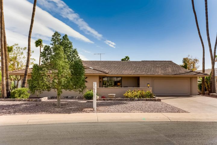 13603 W PYRACANTHA Drive, Sun City West, AZ 85375