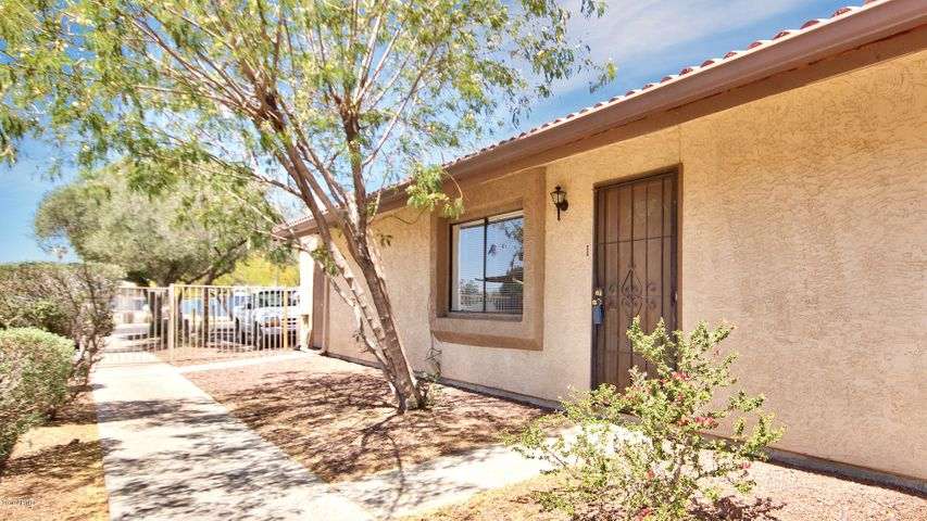 10209 N 8TH Avenue, 1, Phoenix, AZ 85021