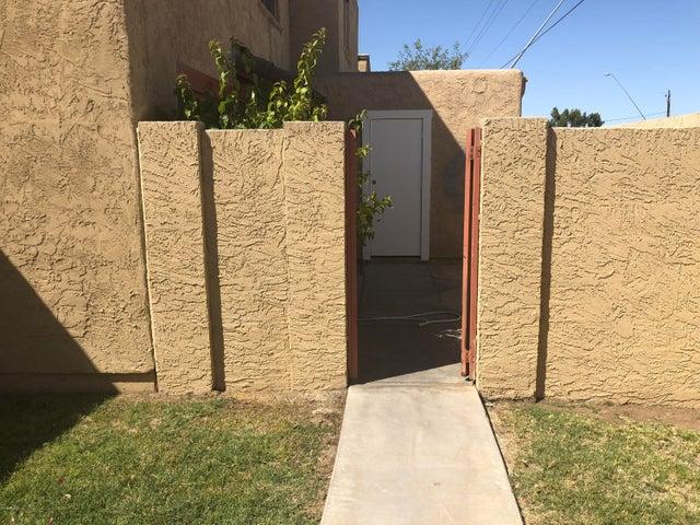 948 S ALMA SCHOOL Road, 127, Mesa, AZ 85210