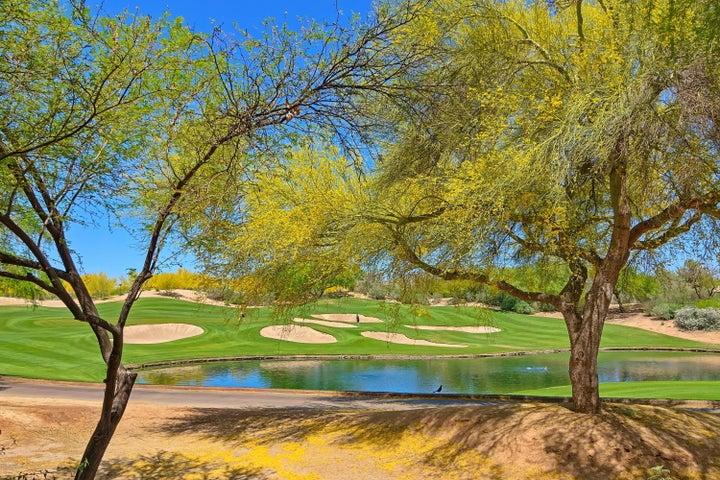 15221 N CLUBGATE Drive, 1048, Scottsdale, AZ 85254
