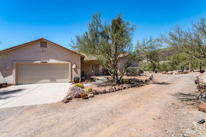 43810 N 24TH Street, New River, AZ 85087