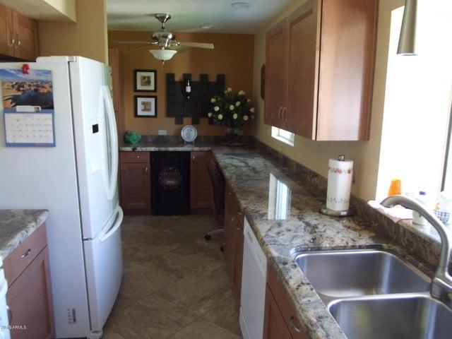 3302 E SIESTA Lane, Phoenix, AZ 85050