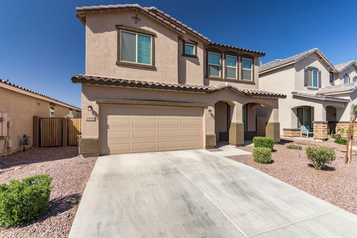 2420 W CHINOOK Drive, Queen Creek, AZ 85142