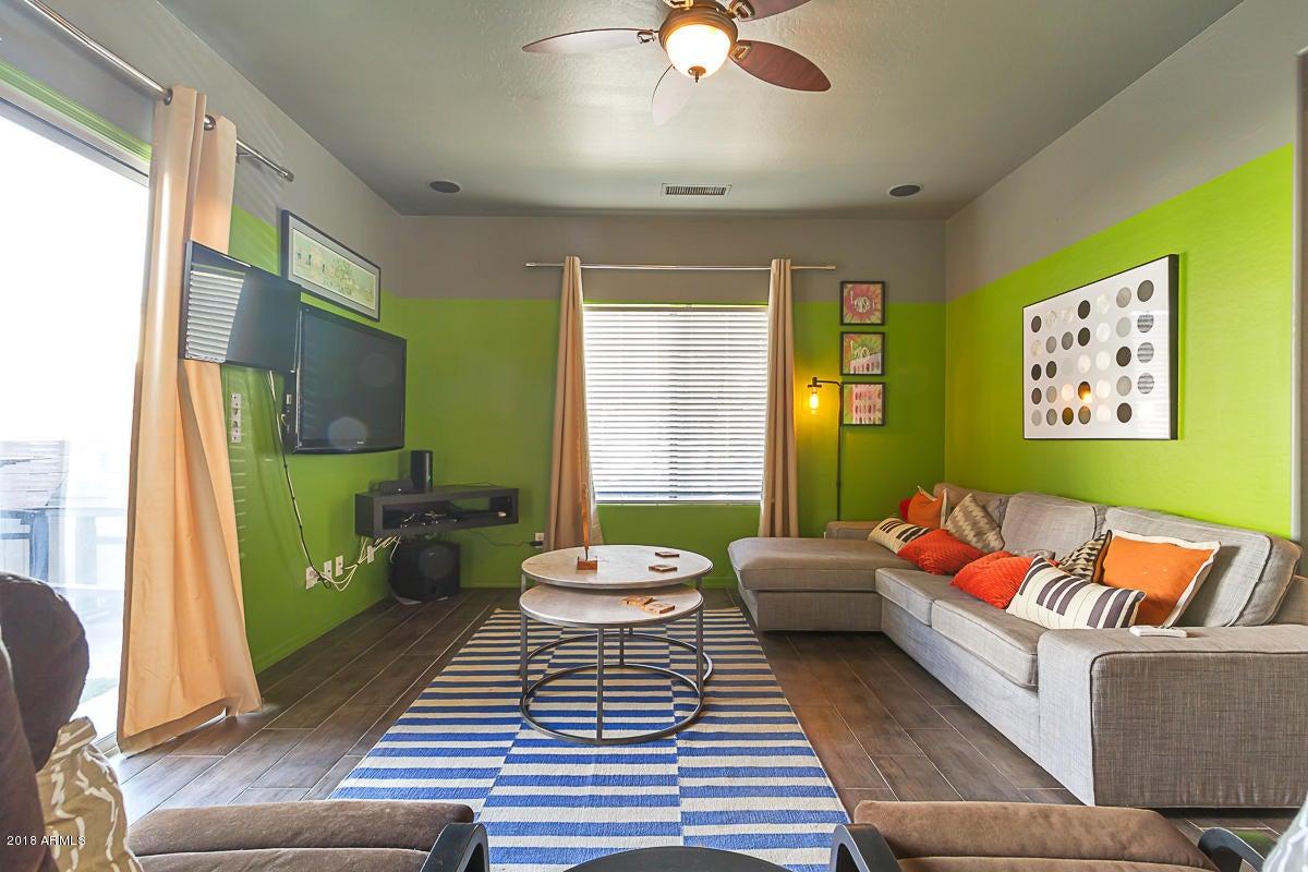 1957 W BUSONI Place, Phoenix, AZ 85023