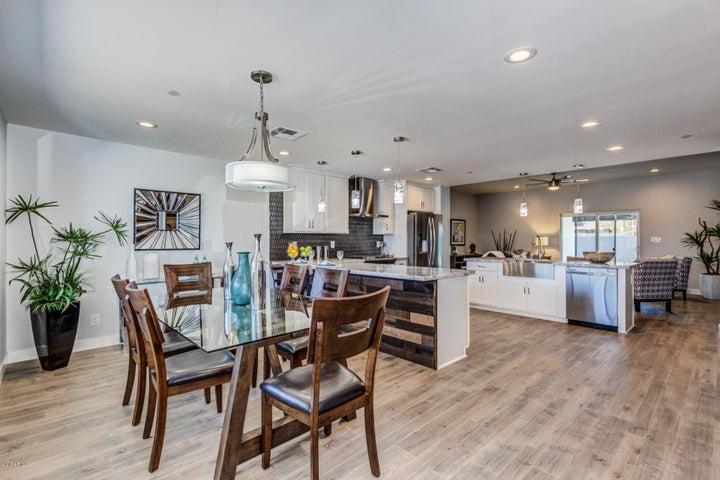 6707 E SHERIDAN Street, Scottsdale, AZ 85257