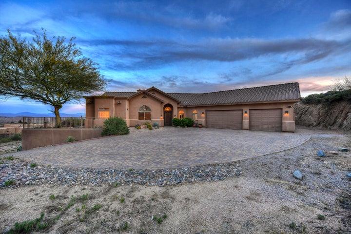 11723 E MANANA Road, Cave Creek, AZ 85331