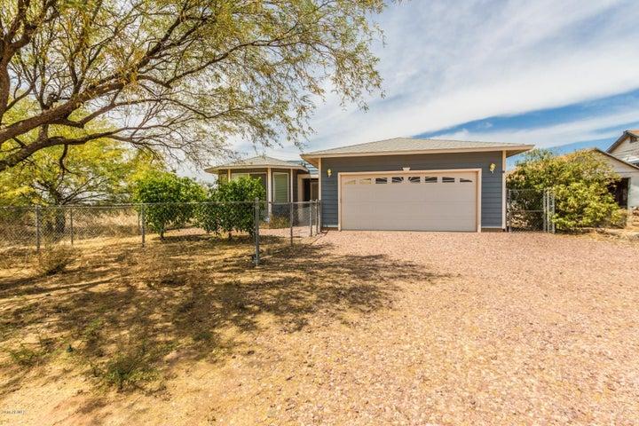 32208 S CENTER Street, Wittmann, AZ 85361