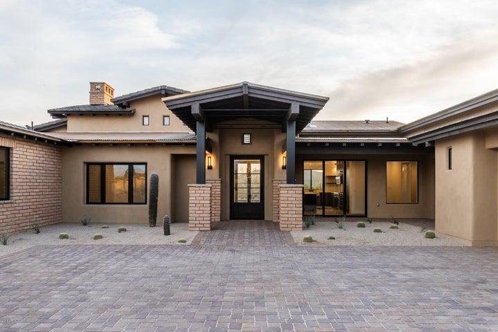 8906 E Covey Trail, Scottsdale, AZ 85262