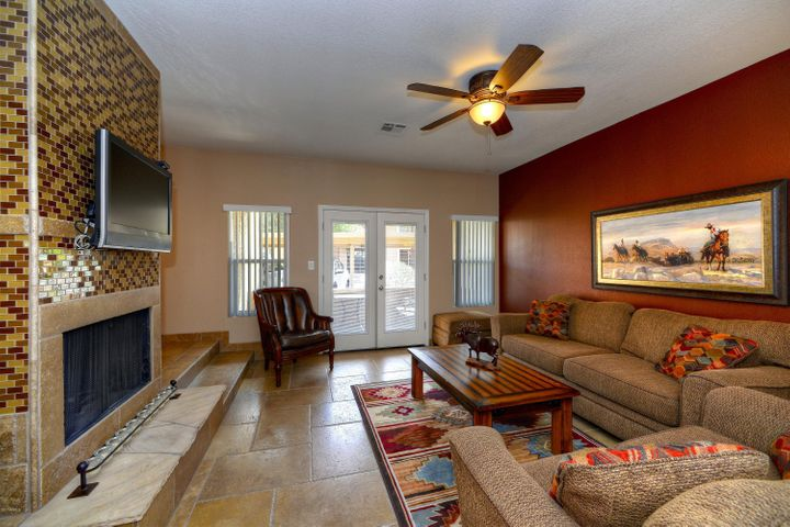 8787 E MOUNTAIN VIEW Road, 1042, Scottsdale, AZ 85258
