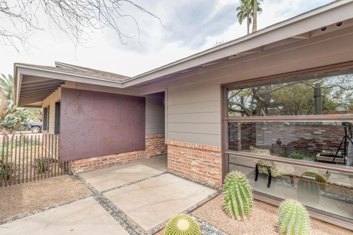 5846 E COCHISE Road, Paradise Valley, AZ 85253