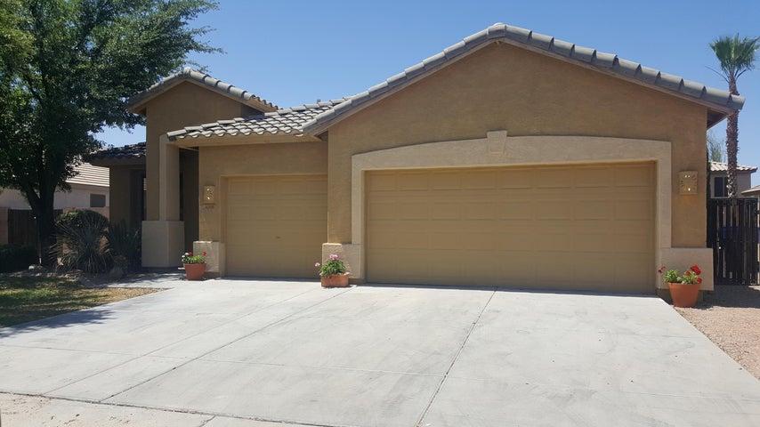 6350 S WILSON Drive, Chandler, AZ 85249