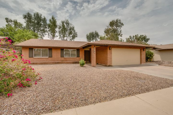 1157 W JAVELINA Avenue, Mesa, AZ 85210
