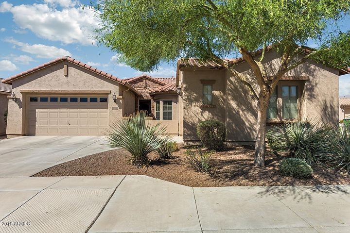 """Popular, hard to find, """"Plateau"""" floor plan featuring large rooms with a well-designed layout."""