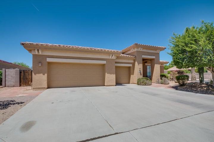 4820 S ROBINS Way, Chandler, AZ 85249