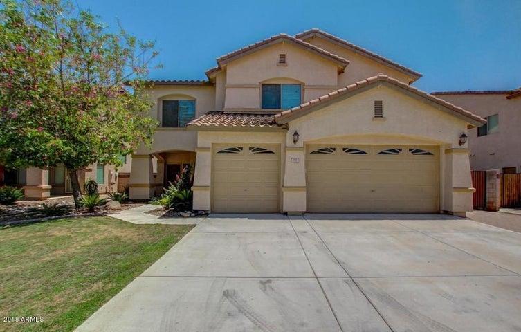 881 E HEATHER Drive, San Tan Valley, AZ 85140