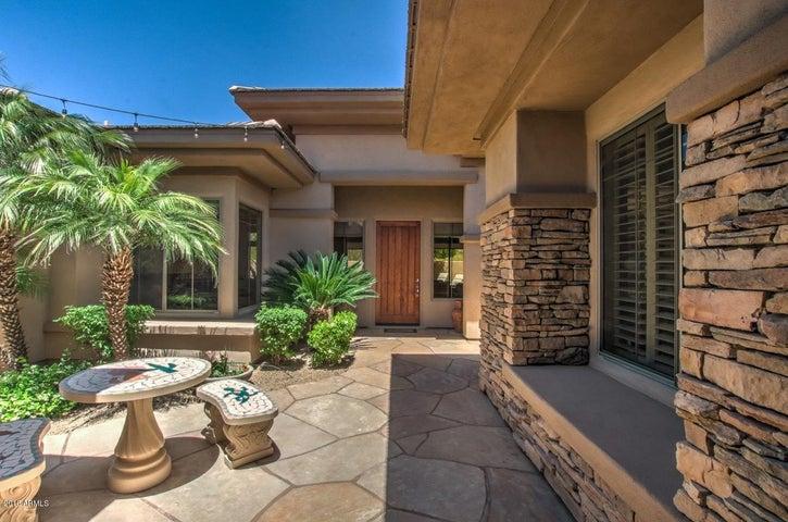 7702 E VISAO Drive, Scottsdale, AZ 85266